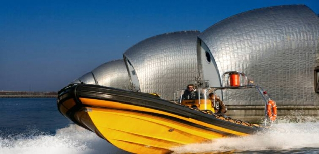 London High Speed Boat Tour for up to 48 People (price is based on 12 people)