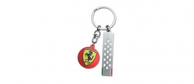 Ferrari Round Scudetto Metal Keyring